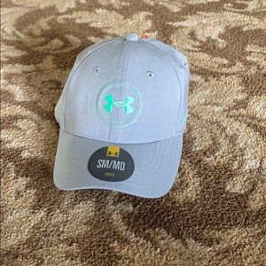 Boys youth Under Armor golf hat